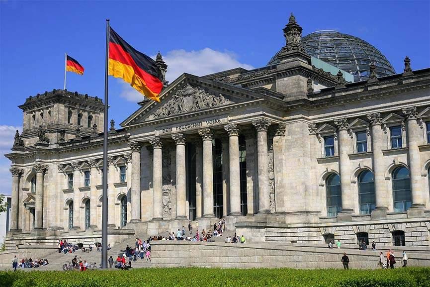 Niemiecki rynek sztuki || Dysproporcje