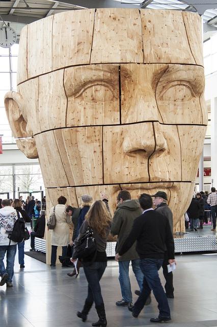 Biennale sztuki || Charakterystyka formuły